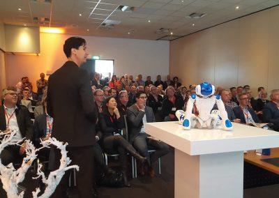 Keynote exponentiele technologie en robot