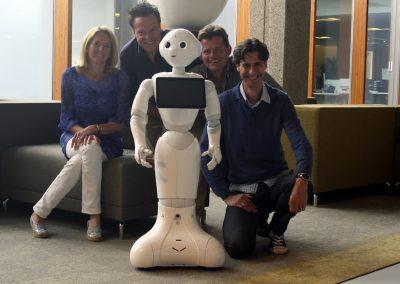 Pepper robot gearriveerd bij robotverhuur, 4 juli 2016