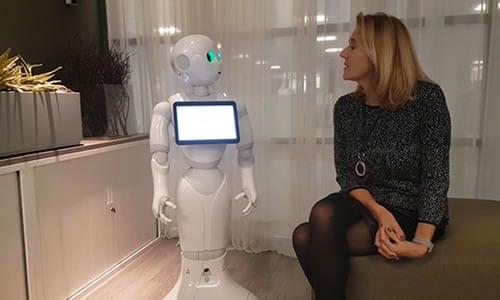 Video uitnodiging met Robot