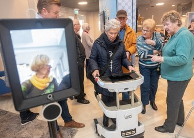 Innovatie pop-up zorg lea robot