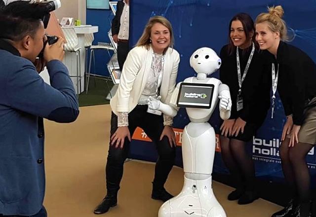 Huren robot voor een evenement of beurs