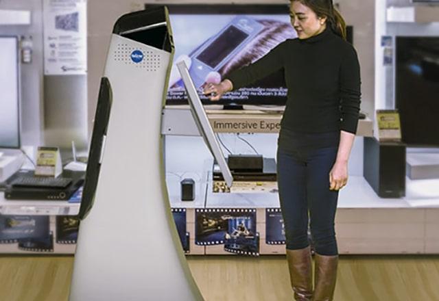 Robot bij de receptie